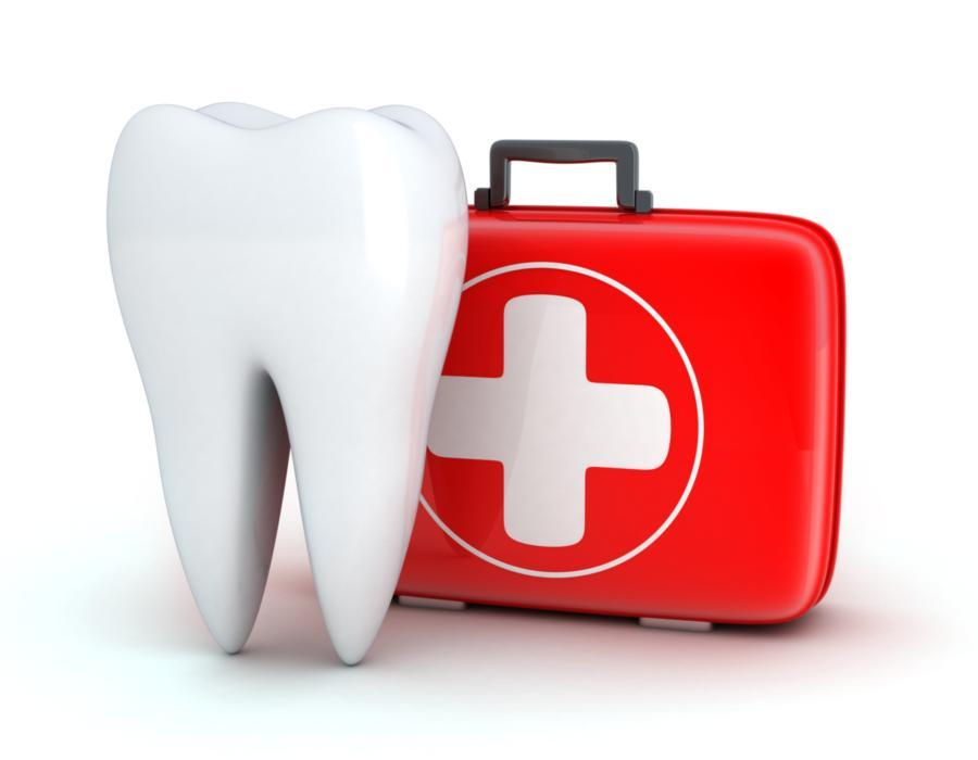 Cartoon tooth and first aid kid | dental emergencies phoenix az